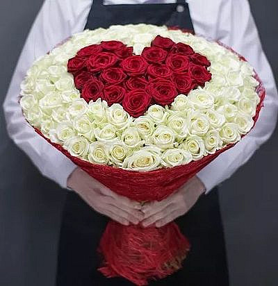 Красное сердце 101 роза