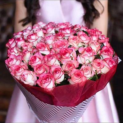 Букет 51 роза Джумилия