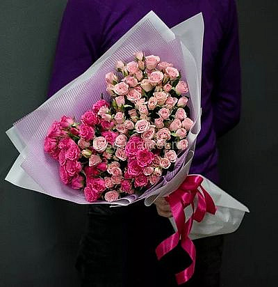 Букет роз «Грезы во сне и наяву», 19 цветов