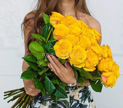 Букет жёлтых метровых роз, 25 цветов