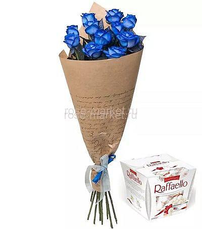 Букет 11 синих роз и Раффаэлло