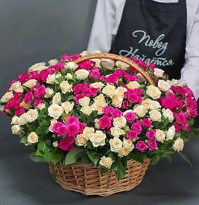 Букет кустовых роз «Французская кадриль», 51 цветок